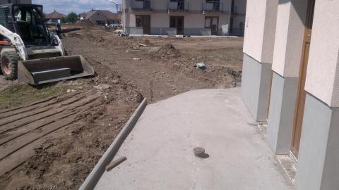 Veresegyház- idősek apartmanháza - űt járda parkoló és kertépítés, csapadékvíz elvezetés